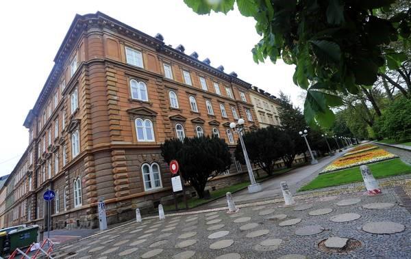 Велика квартира в центрі Марібору